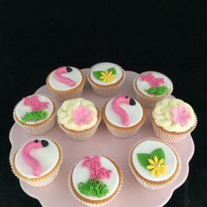 flamingo cupcake