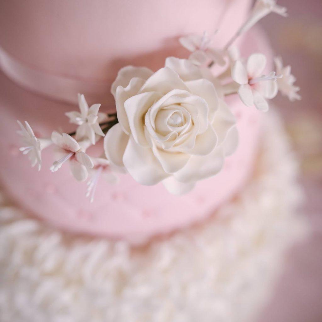 Bruidstaart roos