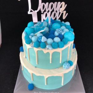 Blauwe Drip taart 1 jaar
