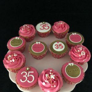 Verjaardagscupcakes