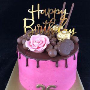 Rose drip taart