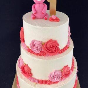 beertje met rozen taart