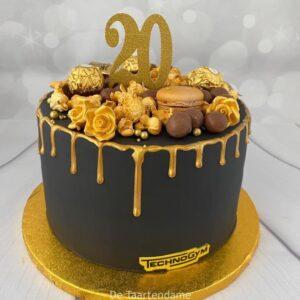 Verjaardagstaart met goud