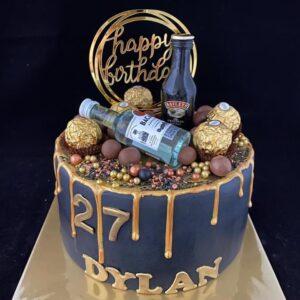 Verjaardagstaart blauw met gouden drip